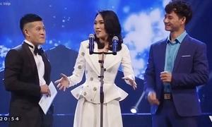 Mỹ Tâm 'đùng đùng' lên sân khấu nhận giải thưởng không phải của mình