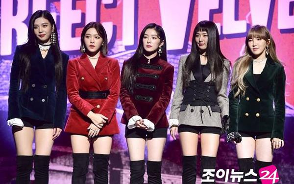 6 girl group chứng minh mặc suit quyến rũ chẳng kém váy vóc - 3
