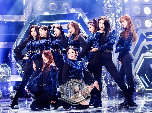 6 girl group chứng minh mặc suit quyến rũ chẳng kém váy vóc - page 2 - 4