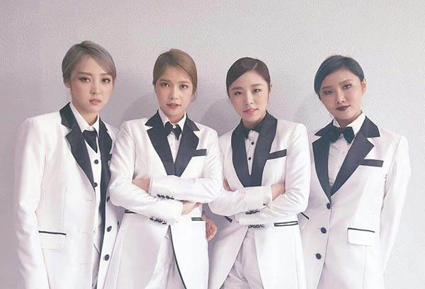 6 girl group chứng minh mặc suit quyến rũ chẳng kém váy vóc - 7