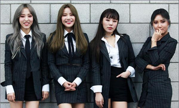 6 girl group chứng minh mặc suit quyến rũ chẳng kém váy vóc - 8