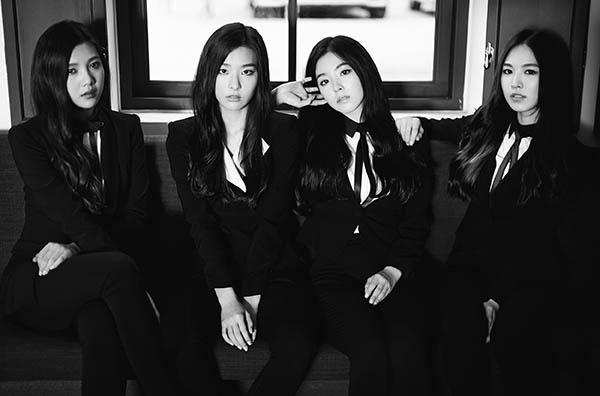 6 girl group chứng minh mặc suit quyến rũ chẳng kém váy vóc - 4