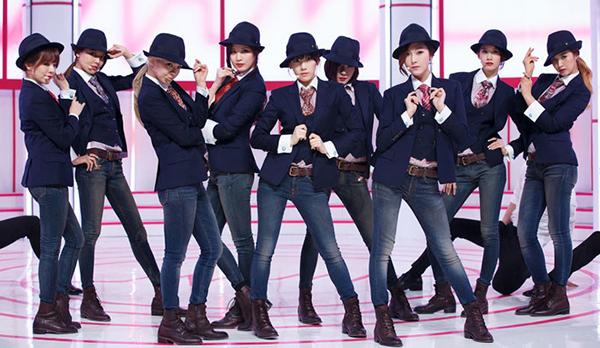 6 girl group chứng minh mặc suit quyến rũ chẳng kém váy vóc - page 2 - 5