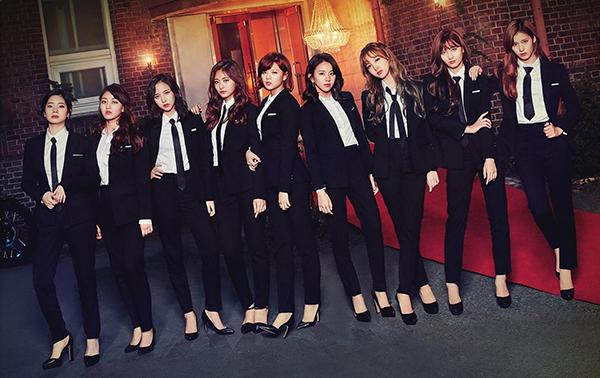 6 girl group chứng minh mặc suit quyến rũ chẳng kém váy vóc - page 2