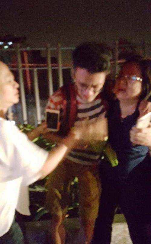 Những hình ảnh ấm lòng và xúc động sau vụ cháy kinh hoàng tại Sài Gòn - 4