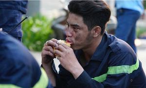 Hình ảnh đẹp của những người hùng trong vụ cháy chung cư Carina