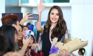 Hoa hậu chuyển giới Brazil xinh đẹp đến Việt Nam