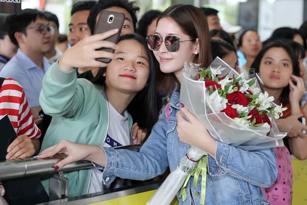 Nhan sắc đẹp không tỳ vết của người đẹp chuyển giới Thái Lan đến Việt Nam - 5