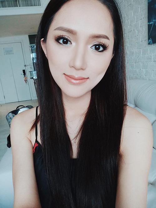 Hương Giang khác khó nhận ra khi vào tay chuyên gia makeup người Thái - 1