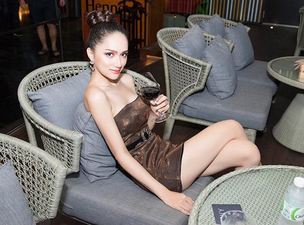 Hương Giang khác khó nhận ra khi vào tay chuyên gia makeup người Thái - 6