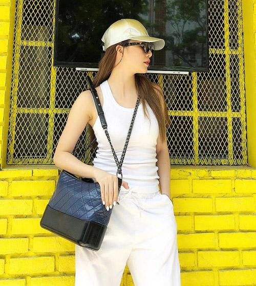 Street style gây thương nhớ của sao, hot girl Việt tuần qua - 11