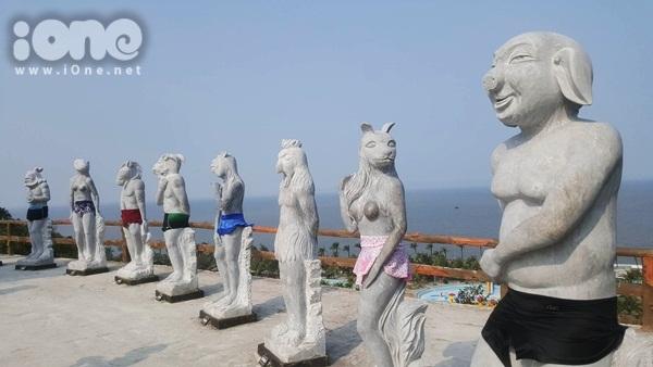 Khu du lịch Hòn Dấu chọn phương án giải quyết mặc đồ cho tượng sau khi bị cho phản cảm.