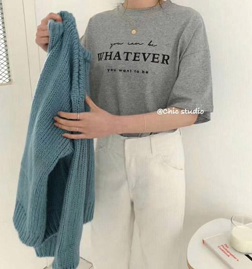 3 mẫu áo phông slogan hot nhất các shop thời trang ngày đầu hè - 4