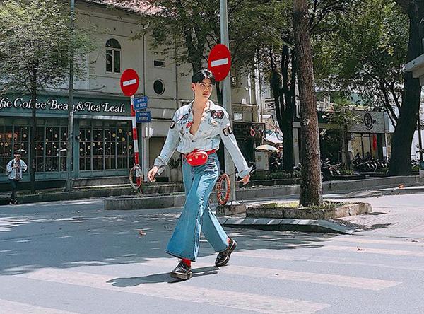 Đào Bá Lộc mặc đồ ngày càng gắt, độ nữ tính con gái cũng chào thua - 1