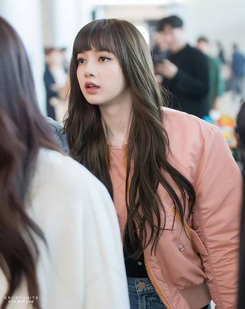 Black Pink biến đổi style, Hwang Seung Eon mặc đồ tập gym ra sân bay - 3