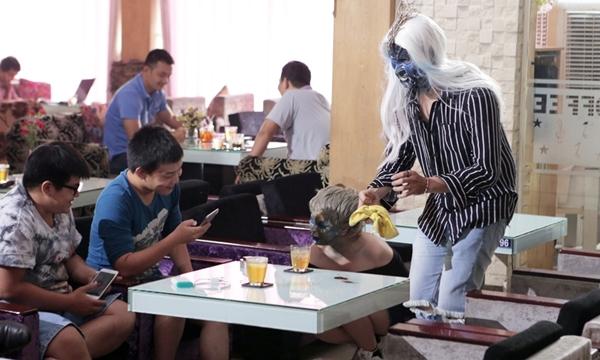 Buổi hẹn hò thảm của Cẩm Nhung