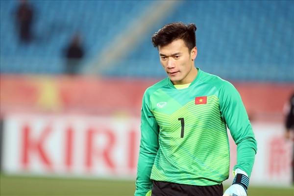 4 chàng thủ môn Việt điển trai, bắt bóng cừ hút fan nữ ầm ầm