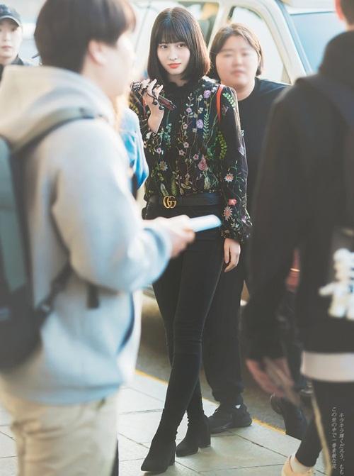 Twice lộ vẻ mệt mỏi, Red Velvet thanh lịch ra sân bay (2)