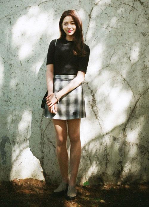3 kiểu chân váy xinh yêu nữ sinh Hàn chuộng nhất khi đi học