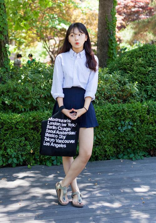 3 kiểu chân váy xinh yêu nữ sinh Hàn chuộng nhất khi đi học - 8