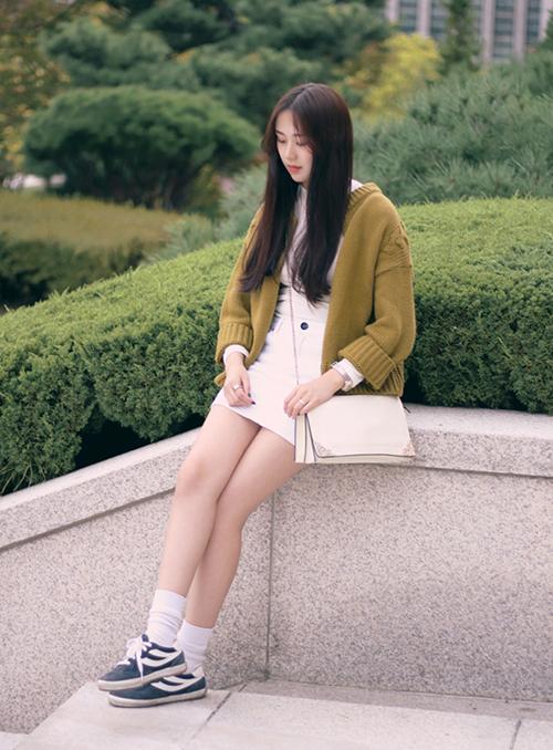 3 kiểu chân váy xinh yêu nữ sinh Hàn chuộng nhất khi đi học - 2