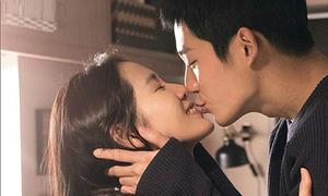 Màn ảnh Hàn đang có cặp 'chị em' lửa tình ngùn ngụt