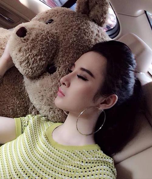 Sao Việt nằm ngủ vạ vật vẫn xinh như tiên nữ - 2