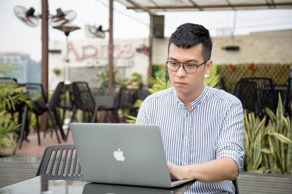 Chàng giám đốc 9x mong muốn được góp phần phát triển Giáo dục Việt Nam.
