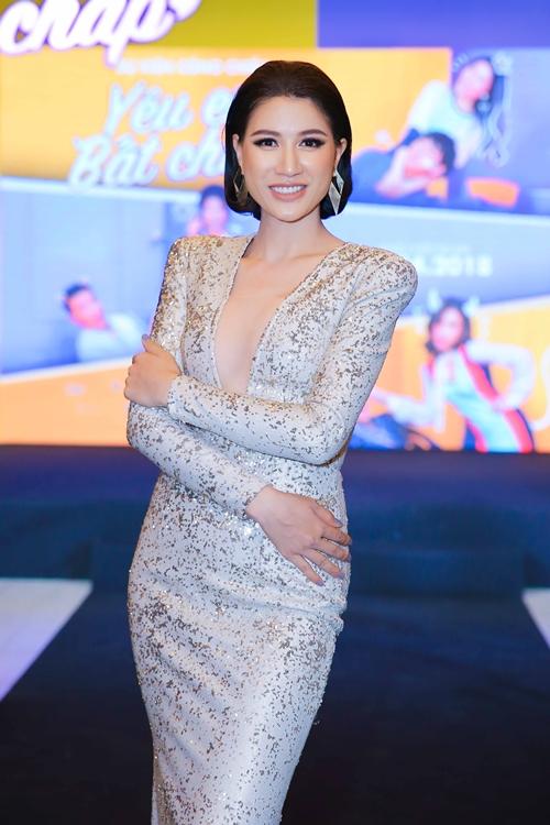 Thúy Vi gợi cảm đụng độ bạn gái Phan Thành - 6