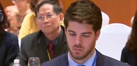 Danh tính trai đẹp lai Việt - Bỉ cứu view cho kênh truyền hình - 4