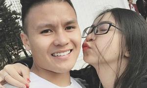 Bạn gái khoe video Quang Hải vẫy tay sau trận đấu, khiến fan nữ ghen tị