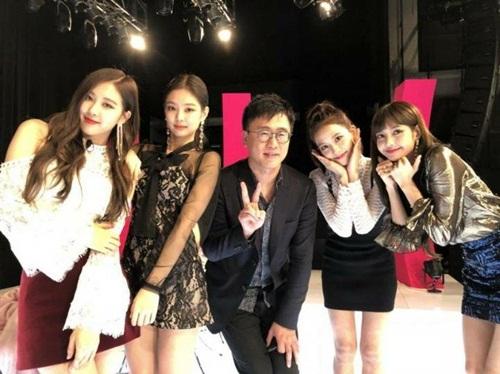 Idol sang chảnh Jennie gây sốt dù mặc váy giá bình dân - 3