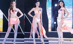 Thí sinh Hoa hậu Biển Việt Nam diễn bikini nóng bỏng đêm bán kết