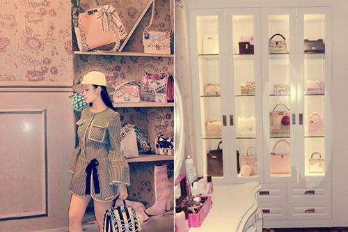 Phòng đựng phụ kiện thời trang của Huyền Baby khiến nhiều người phải thèm muốn.
