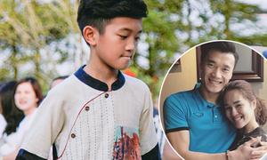 'Chị đại' của Tiến Dũng, Quang Hải, Đức Chinh khoe con trai diễn thời trang bảnh như hot boy