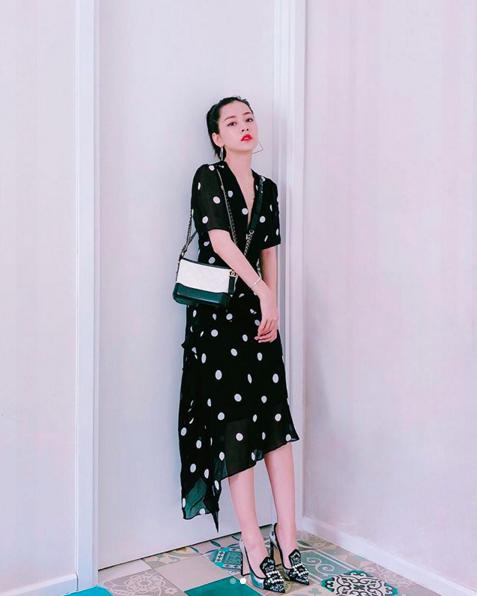 Muốn xinh như Chi Pu, đừng bỏ qua mốt váy hot nhất hè này