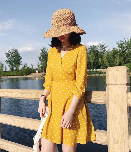 Muốn xinh như Chi Pu, đừng bỏ qua mốt váy hot nhất hè này - 11