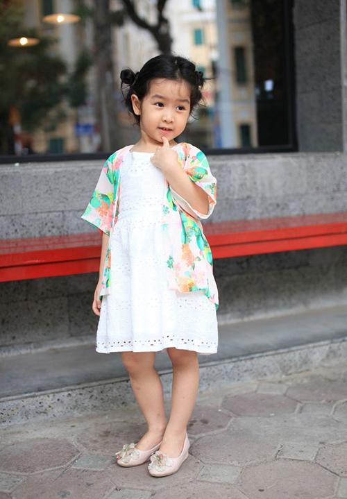Những công chúa nhà sao Việt tương lai nên đi thi hoa hậu - page 2 - 10