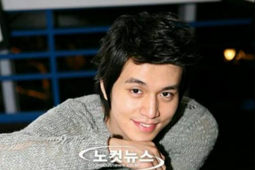 Ảnh quá khứ mũm mĩm mắt một mí của Lee Dong Wook khiến fan tranh cãi - 3