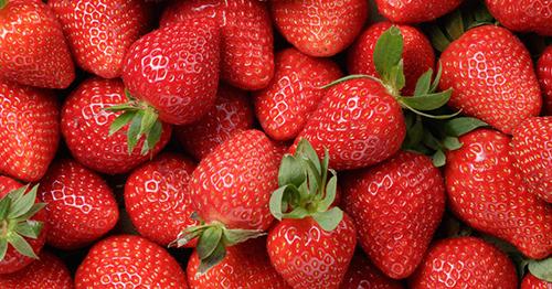 Mỹ công bố những loại rau quả có lượng thuốc trừ sâu cao nhất