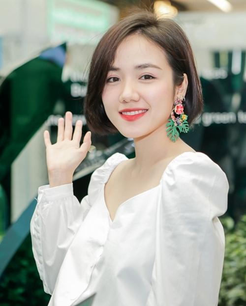 Jun Vũ da trắng, môi đỏ xinh như Bạch Tuyết - 5