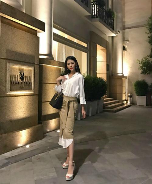 Bạn gái Phan Thành có cuộc sống sang chảnh chẳng thua kém gì 3 cô nàng hội rich kid Việt Nam - 22