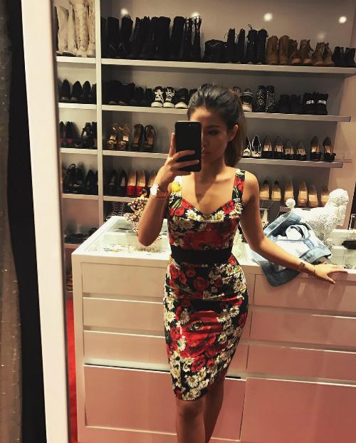 Phòng chứa quần áo đẹp như tiệm của các tiểu thư hội con nhà giàu Việt - page 2 - 2