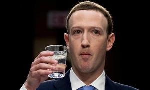 8 câu hỏi trong phiên điều trần khiến Mark Zuckerberg 'mất điện'