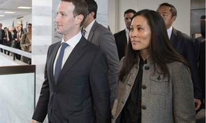Vợ và trợ lý của ông chủ Facebook khiến truyền thông bối rối