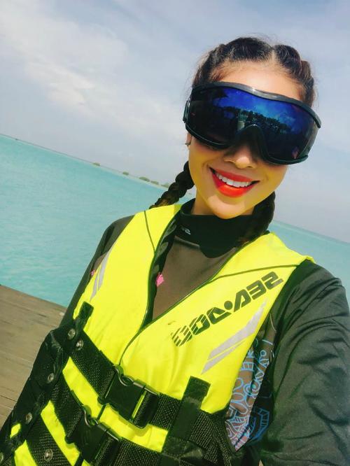 Phạm Hương diện trang phục Indonesia đọ sắc với dàn người đẹp quốc tế - 6