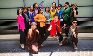 Dàn sao Việt mặc quần áo loè loẹt tại lễ hội té nước Thái Lan