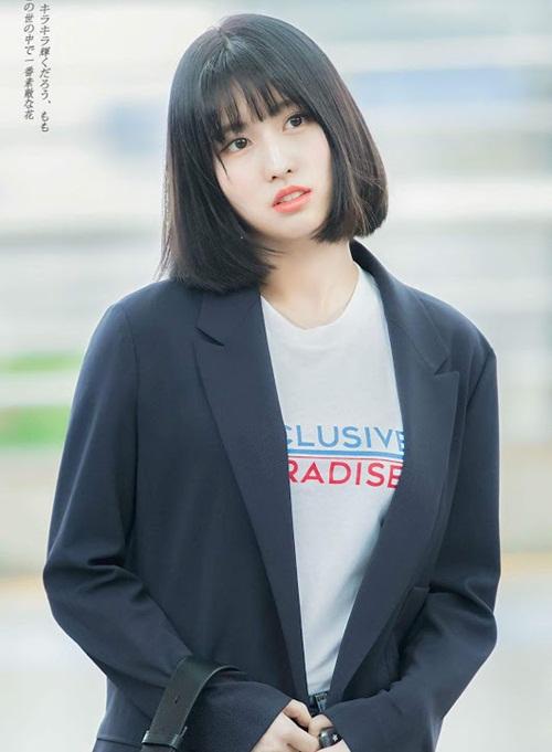 Màu tóc mới giúp Momo khí chất hơn hẳn trong lần comeback mới. Cô nàng lọt top những vũ công, ca sĩ được yêu thích ở Hàn.
