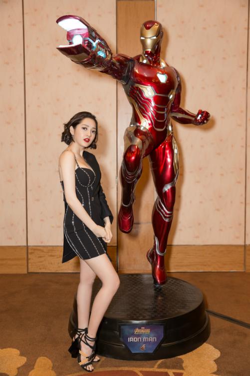Bảo Anh sexy dự ra mắt bom tấn Avengers tại Singapore - 3
