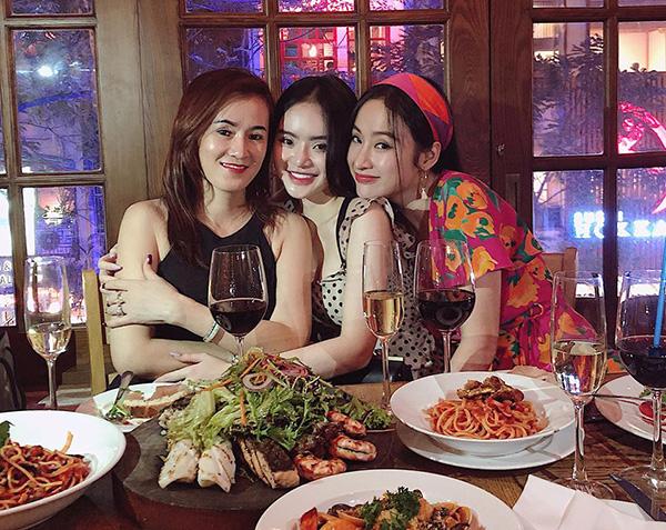 Ảnh hot sao Việt 16/4 - page 2 - 3